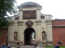 שער הכניסה למבצר פטר ופול