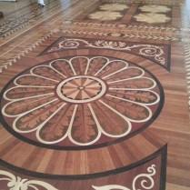 רצפת עץ מרהיבה בהרמיטאג'