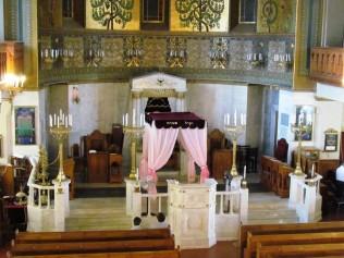 בבית הכנסת קוראל במוסקבה
