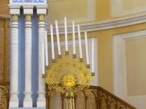 חנוכייה בבית הכנסת קוראל