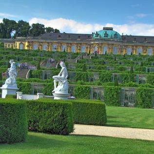 ארמון סנסוצ'י מכיוון הגן