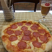 פיצה סלמי