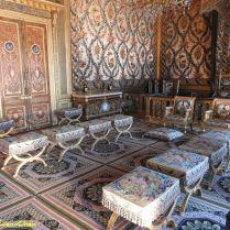 חדר הקיסרית. מהמלכה מריה דה מדיצ'י אשתו של הנרי הרביעי ועד הקיסרית יוג'יני, כולן גרו בחדר זה