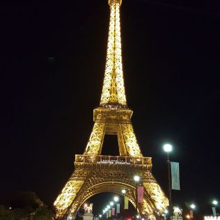 paris_20160909h2336